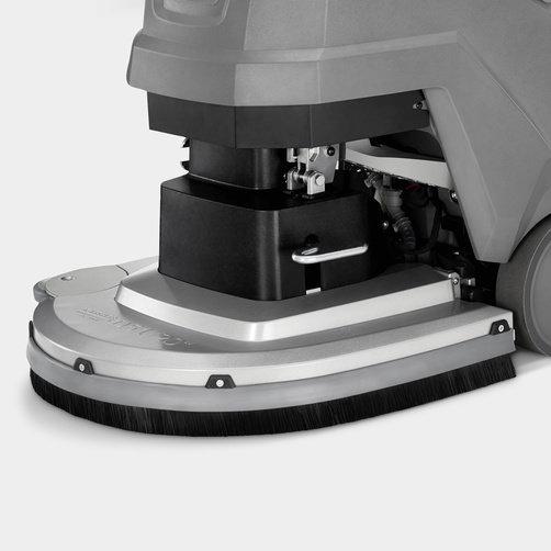 Fregadora-aspiradora BD 50/55 W Classic Bp: Cabezal de cepillos de aluminio elevable