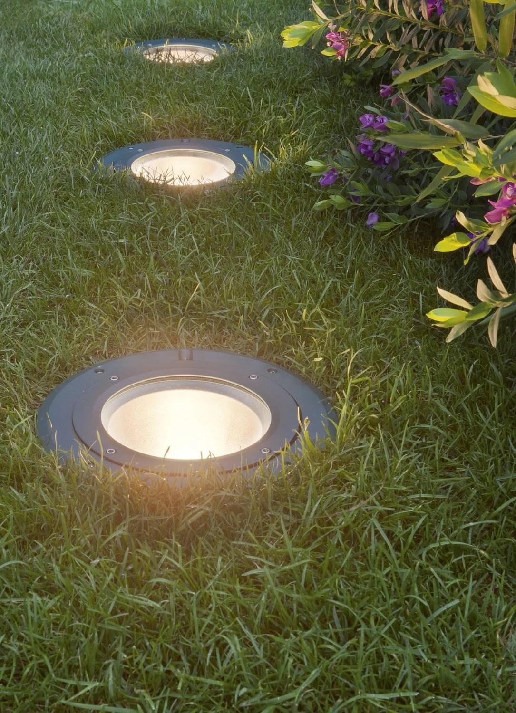 Spots  encastrer  la lumire  fleur de sol  Leroy Merlin