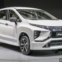Grand New Avanza Vs Mitsubishi Xpander Harga Veloz 2016 Giias 2017 Aksesori Kit Badan