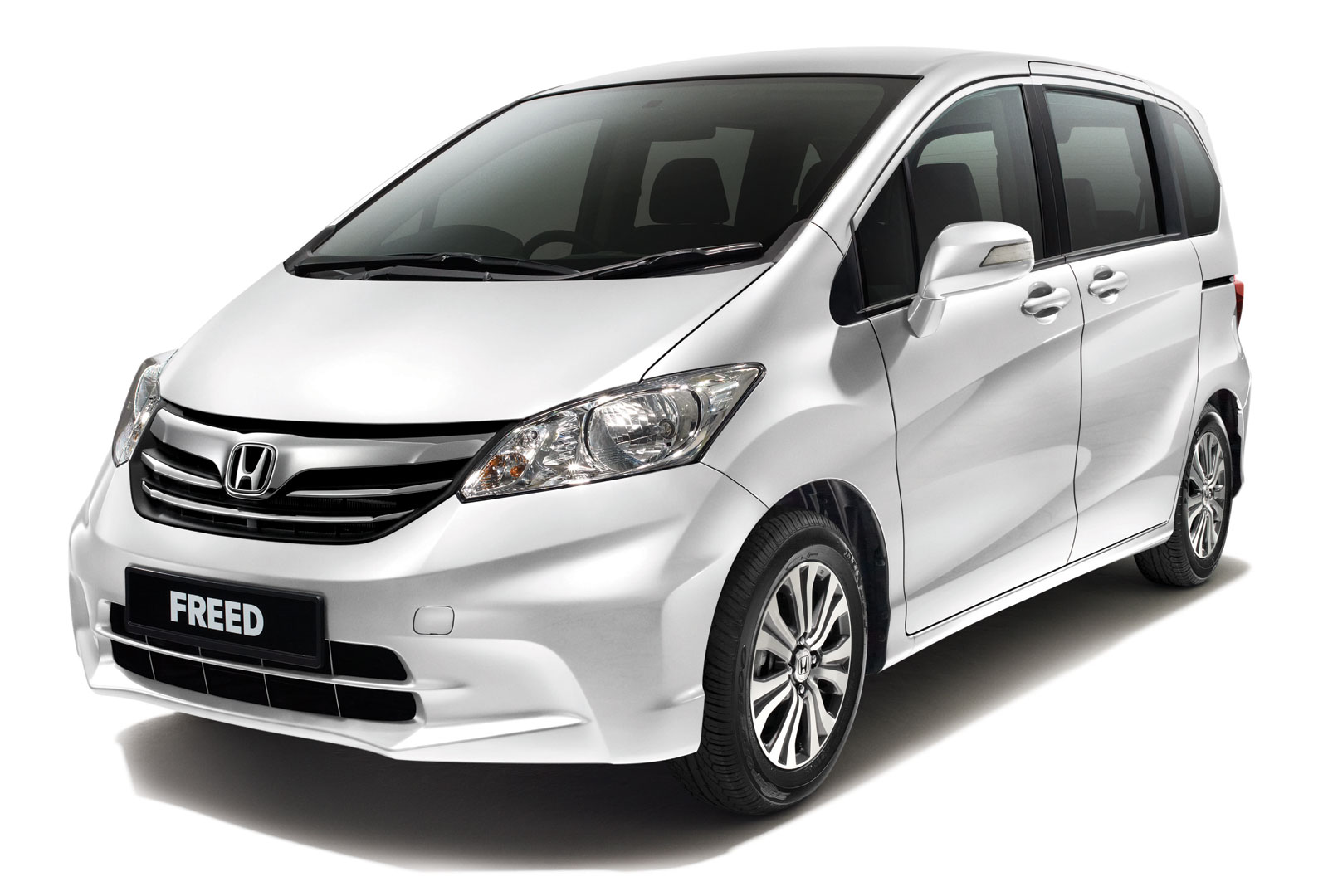 Honda Freed MPV facelifted  RM99800 to RM113500