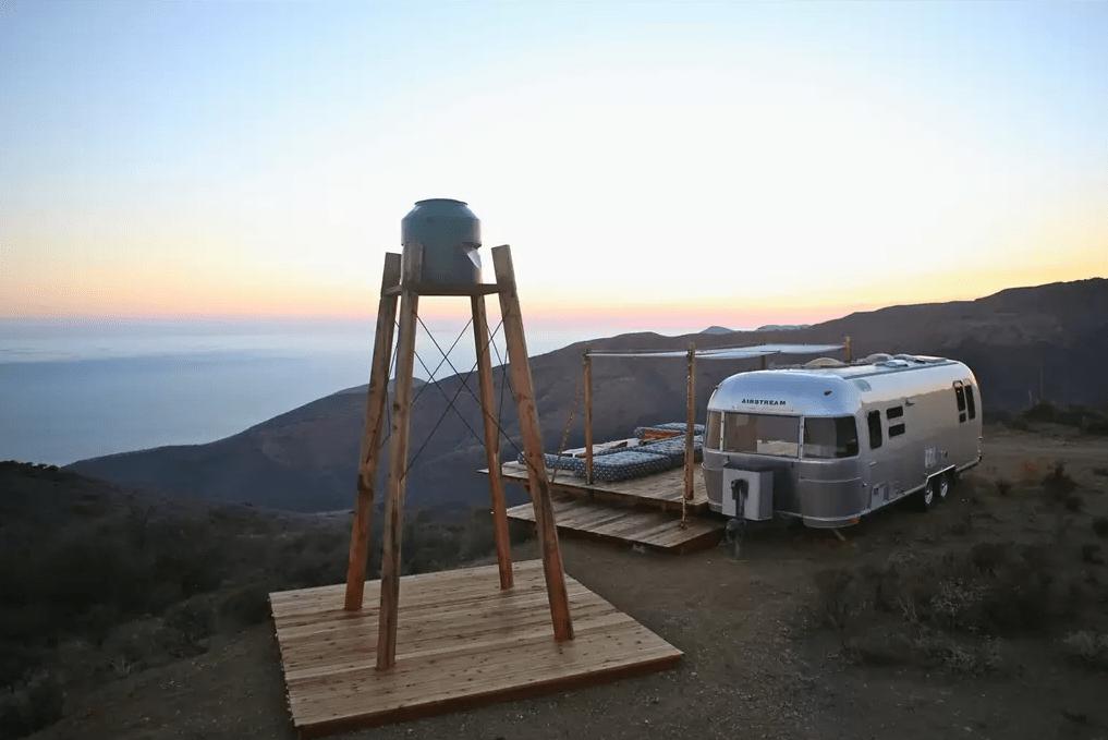 crazy airbnb rentals weird