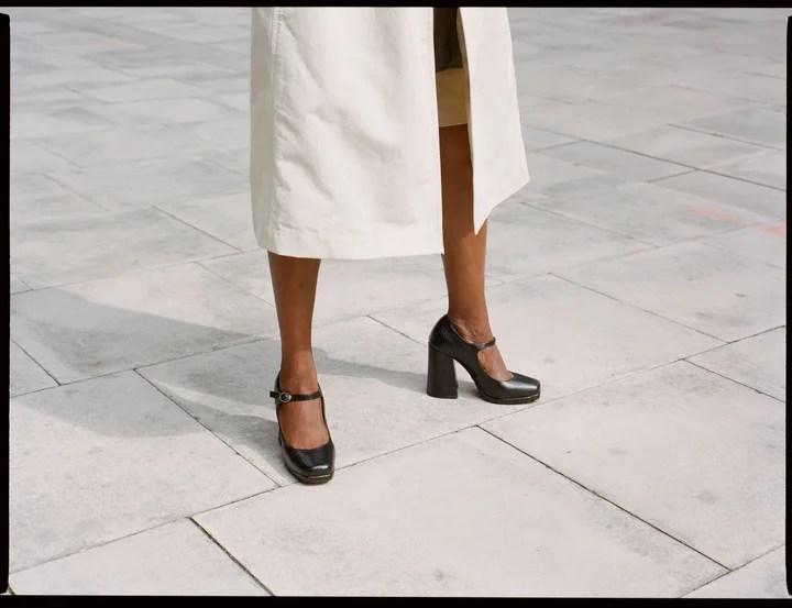 heels vs flats debate