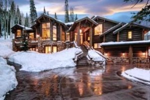 The Park City, Utah, mansion has five bedrooms and as many fireplaces.