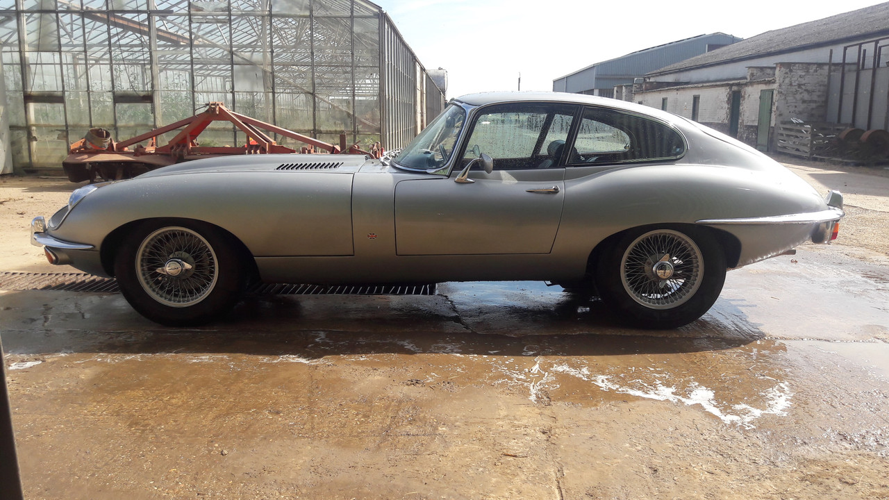 hight resolution of difference btw us and european spec s the e type forum image jaguar e type fuse box