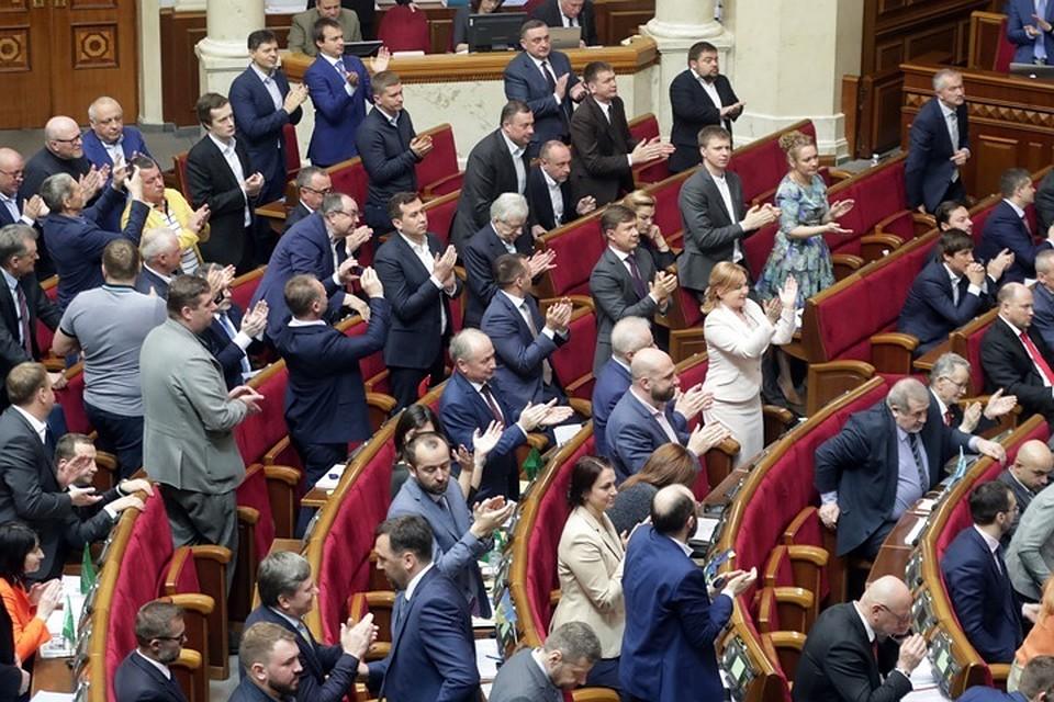 Депутат Верховной рады предложил запретить на Украине зиму
