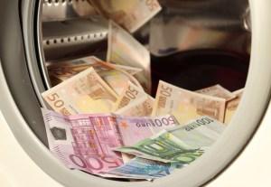 money-1050403_1920