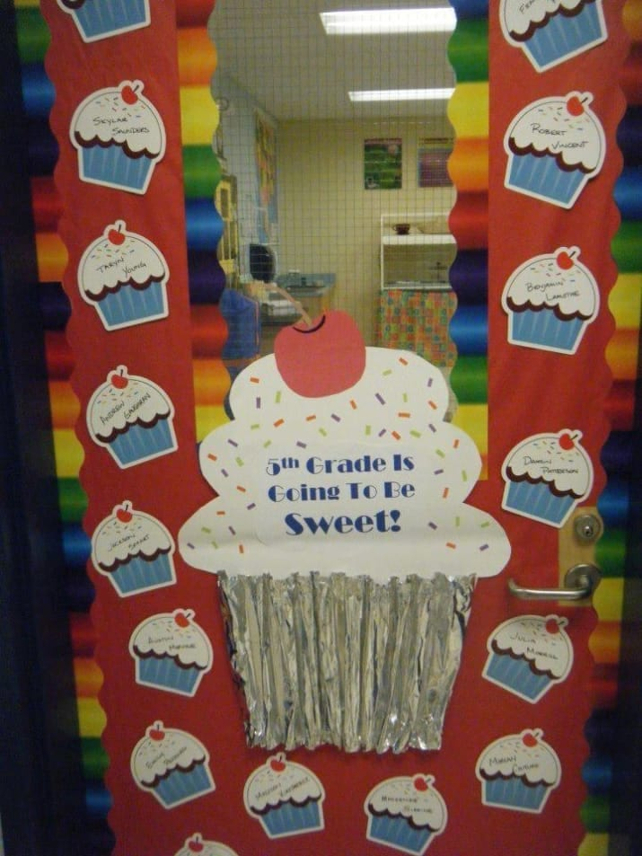50 Awesome Classroom Doors For Backtoschool