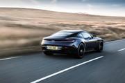 Aston_Martin_DB11_AMR_21