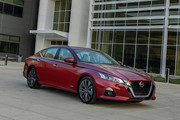 2019_Nissan_Altima_Edition_One_12