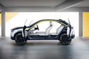 Opel_GT_X_Experimental_7