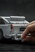 Aston_Martin_DB5_by_Lego_24