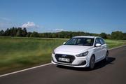 2019_Hyundai_i30_range_6