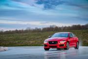 Jaguar_XE_300_Sport_Edition_7