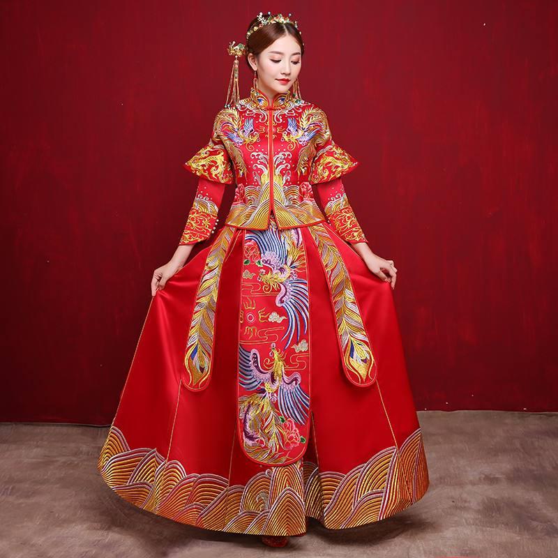 秀禾服和龍鳳褂的區別-金色盛典婚禮策劃