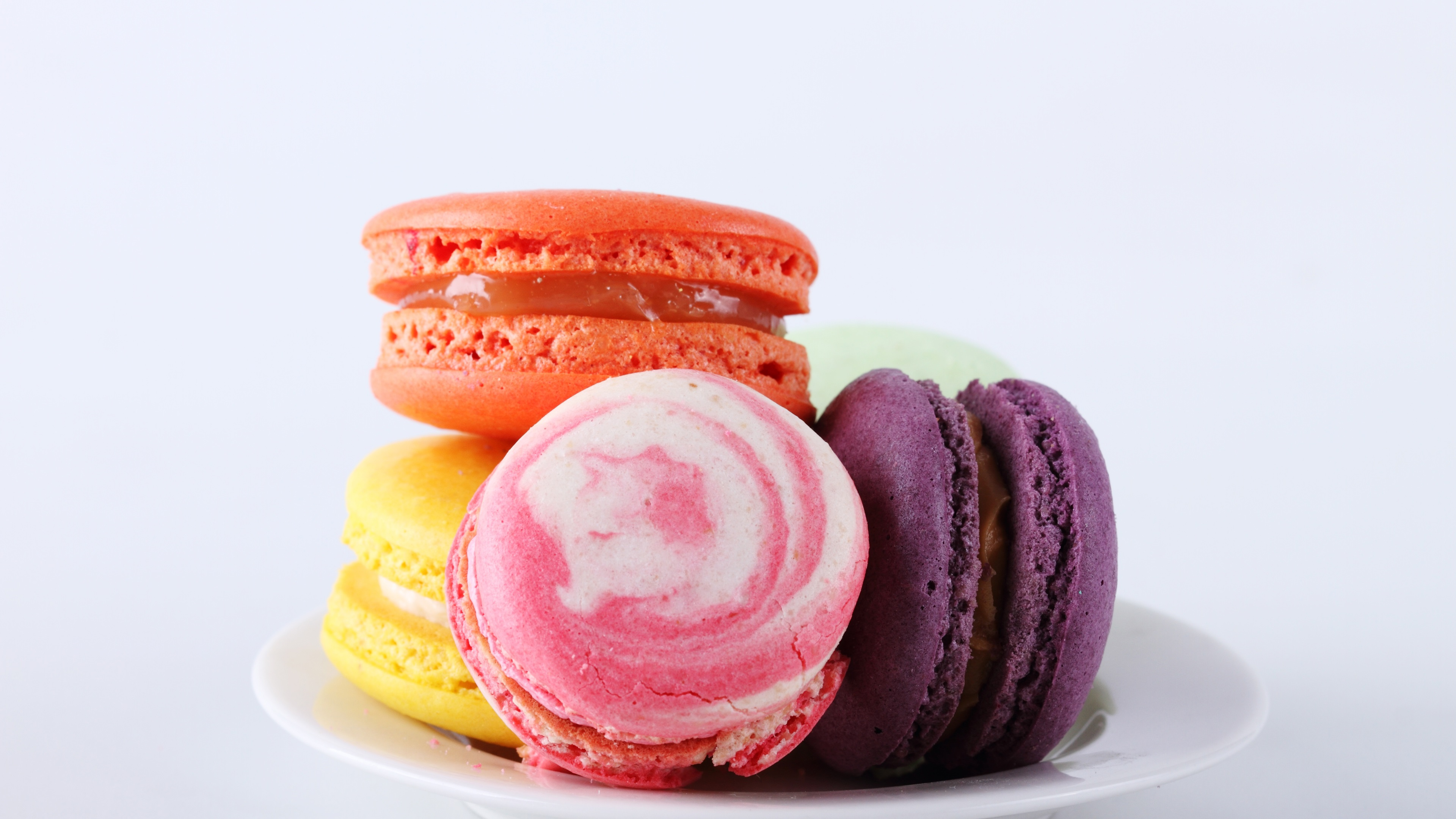 Cute Macaroons Wallpaper Wallpaper Macaron Almond Cookies Colorful Dessert