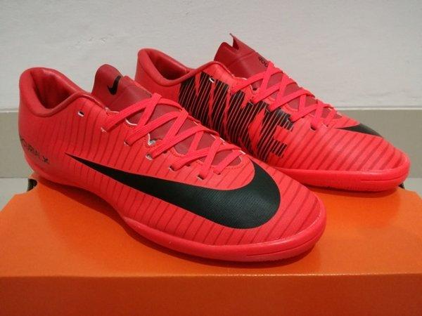 Sepatu Futsal Nike Mercurial Vapor XI Fire Pack