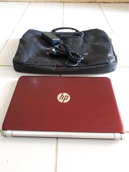 Laptop Hp 14 n013TU Core i3 Mulus  Likenew Murah