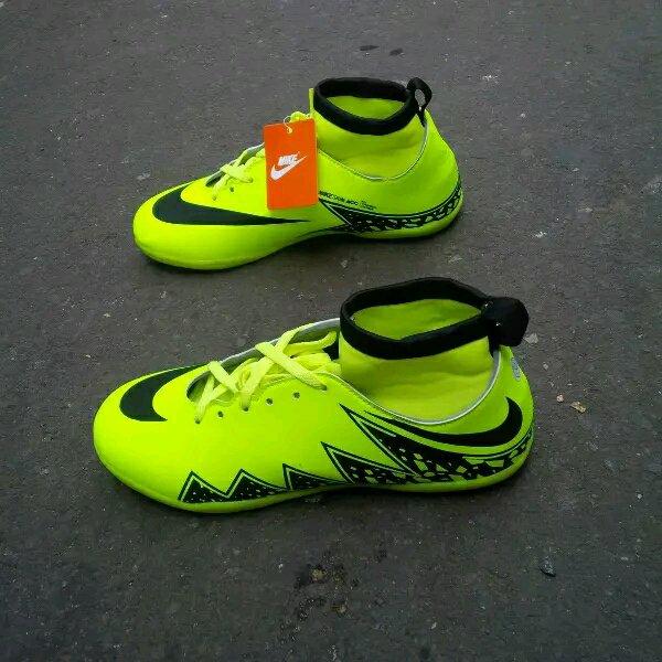 Sepatu Futsal Nike Hypervenom Superfly Kids Anak-anak Stabilo-Hitam
