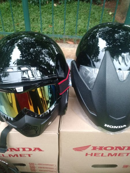 Jual helm model shark termurah modifikasi helm TRX HONDA