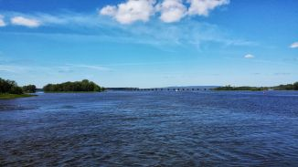 Baie de Vaudreuil and the Trans-Canada Highway