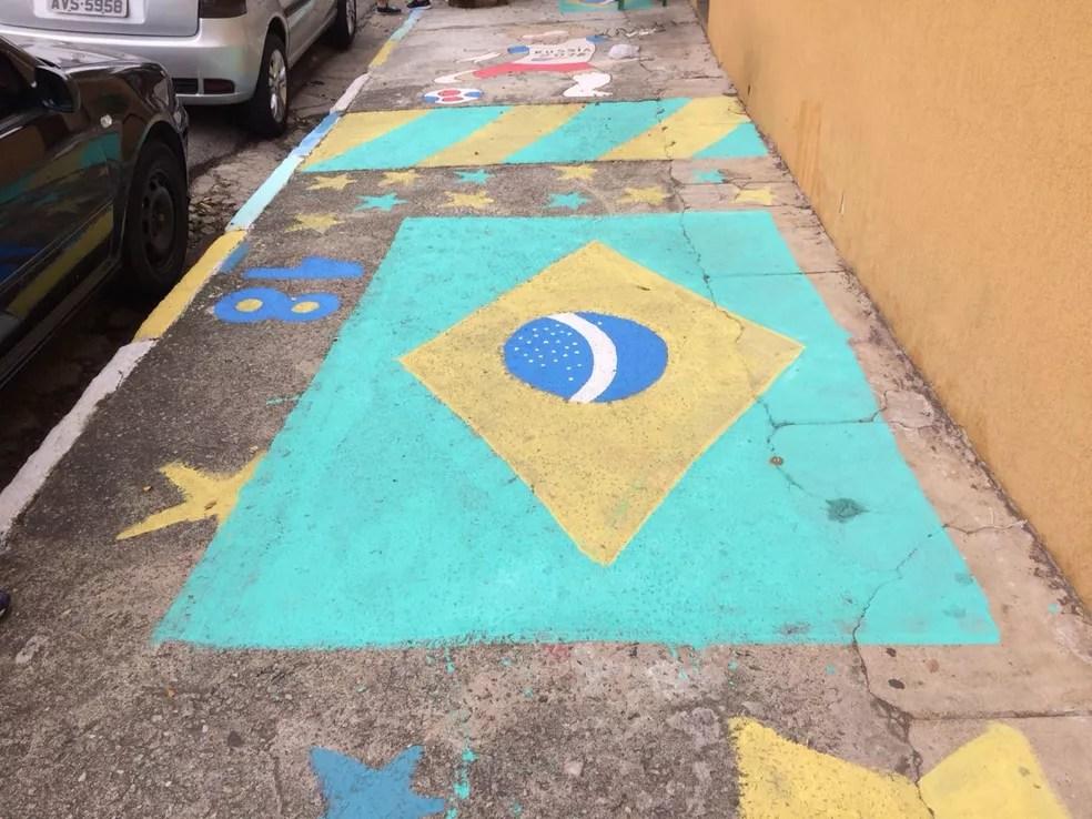 O cantinho reservado para as crianças na Rua Rádio (Foto: Bárbara Muniz Vieira/G1)