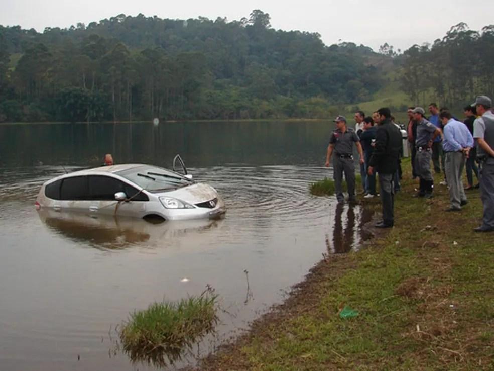 Carro de Mércia Nakashima é encontrado em represa (Foto: Arquivo/Paulo Toledo Piza/G1)