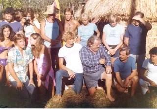 Bastidores das filmagens de A lagoa azul (Foto: Reprodução/Facebook Turtle Island)