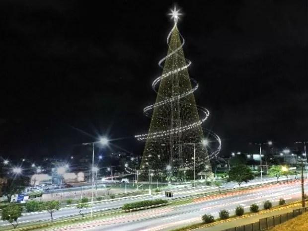 Projeto deste ano para a Árvore de Mirassol: novidades na peça de destaque da decoração da cidade (Foto: Reprodução Secom/Prefeitura de Natal)