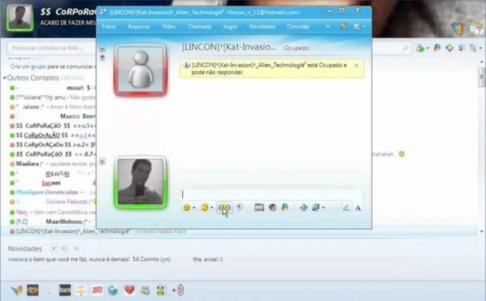 Era possível abrir várias conversas ao mesmo tempo — Foto: Reprodução/MSN