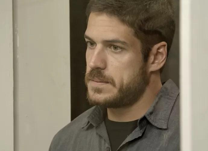 Dante conversa sério com Belisa (Foto: TV Globo)