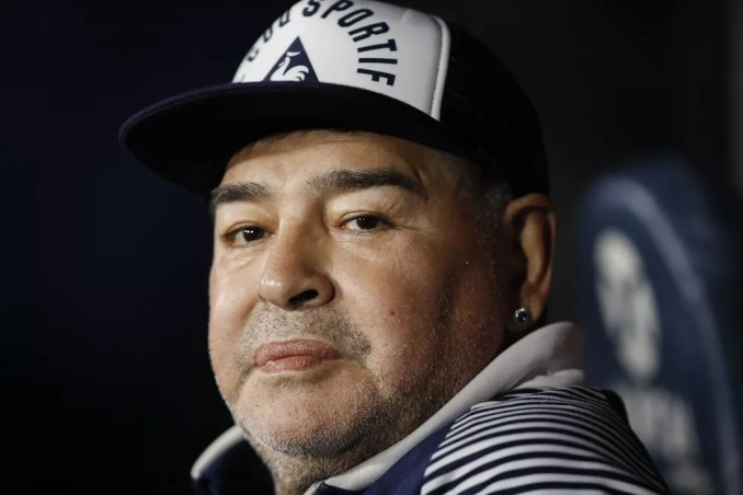 Diego Maradona em foto de março deste ano — Foto: Natacha Pisarenko/AP