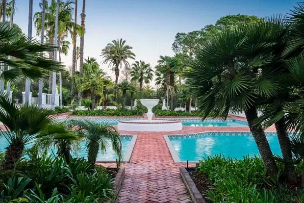 Manso do filme Scarface  vendida por R 87 milhes nos EUA  Casa Vogue  Interiores
