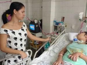 Karem Rafaela encontra-se em estado vegetativo em hospital de Teresina (Foto: João Cunha/G1)