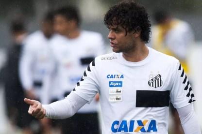 Victor Ferraz é o principal alvo do São Paulo para a lateral-direita (Foto: Ivan Storti/Divulgação SFC)