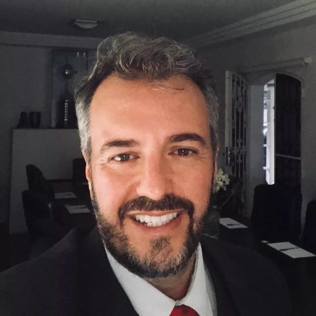 Herói Vicente é conselheiro e será diretor jurídico do Corinthians — Foto: Reprodução / Facebook