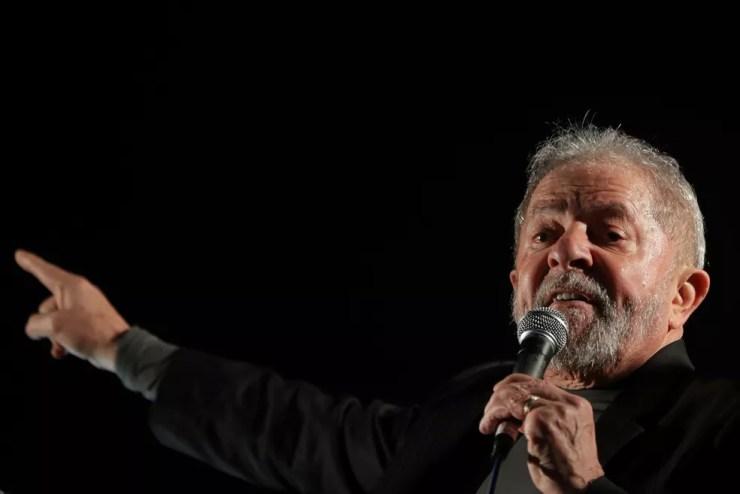 O ex-presidente Luiz Inácio Lula da Silva durante ato em São Paulo no último dia 20 (Foto: (AP Photo/Andre Penner)