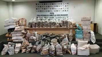 Mais de dez toneladas de maconha e skunk foram apreendidas em seis meses de investigação (Foto: Ficco Uberlândia/Divulgação)