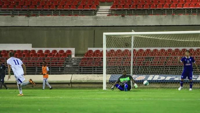CSA e Confiança, amistoso no Estádio Rei Pelé (Foto: Ailton Cruz / Gazeta de Alagoas)