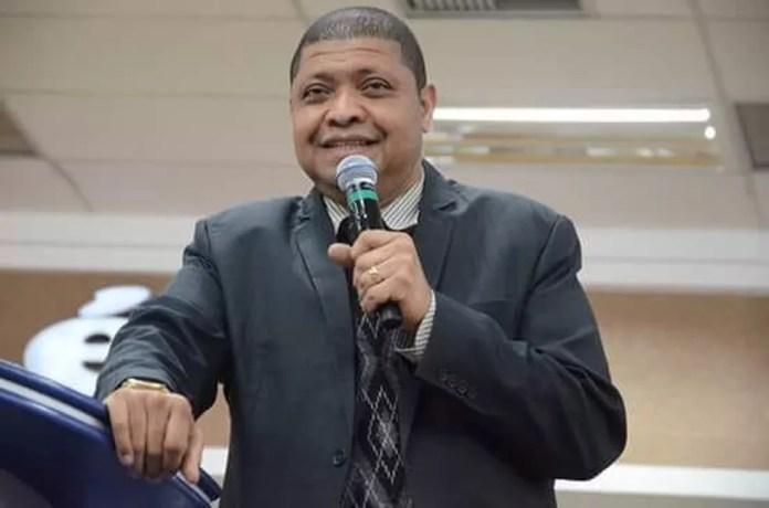 Vanderley Santiago, irmão do apóstolo Valdemiro Santiago — Foto: Reprodução/Facebook