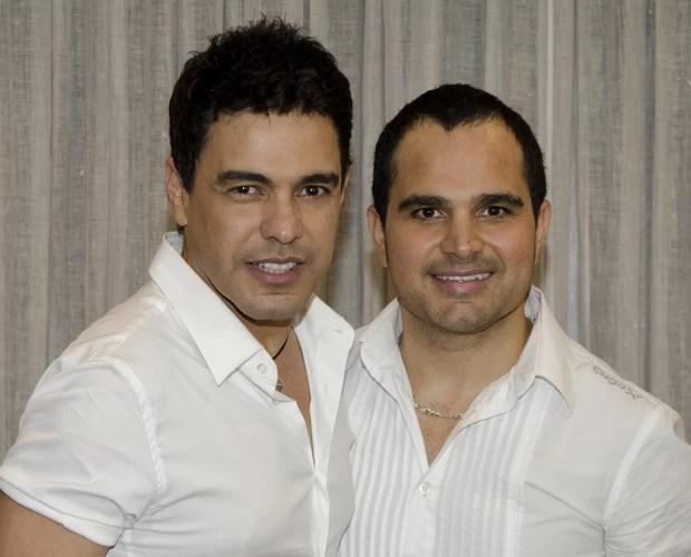 Zezé Di Camargo e Luciano cantam seus sucessos no Domingão (Foto: Divulgação/TV Globo)