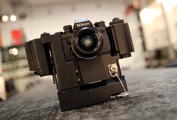 Nikon F3 Nasa 250 com preço inicial de 26 mil euros (Foto: Alexander Klein/AFP)