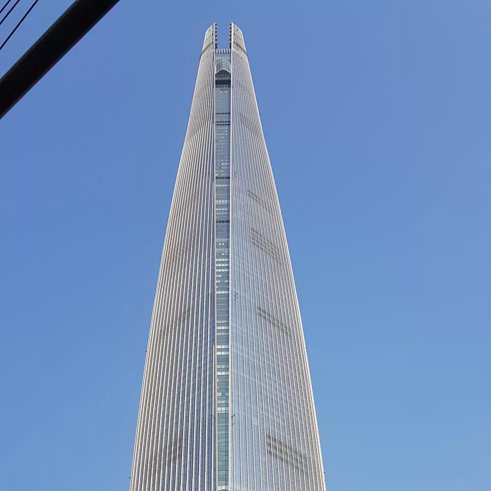 Lotte World Tower, em Seul (Coreia do Sul) — Foto: Ox1997cow/Creative Commons 4.0