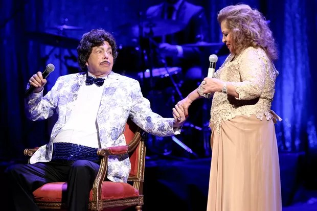 Cauby Peixoto com Ângela Maria em show no dia 31 de março (Foto: ROBERTO FILHO/BRAZIL NEWS)