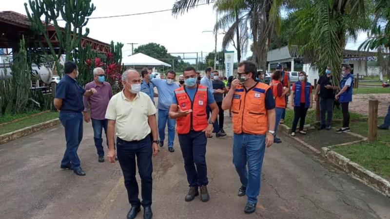 O secretário Nacional de Defesa Civil, Alexandre Lucas, esteve no Parque de Exposições em Rio Branco  — Foto: Asscom/Prefeitura