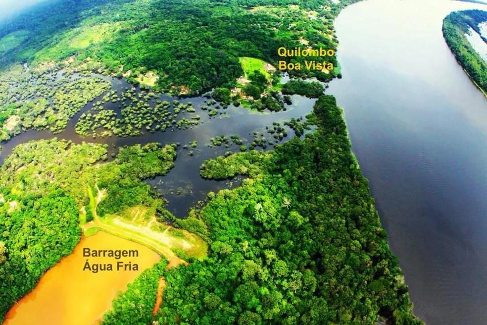 Vista aérea da barragem Água Fria e do Quilombo Boa Vista Trombetas, no Pará — Foto: Divulgação/Quilombo Voa Vista