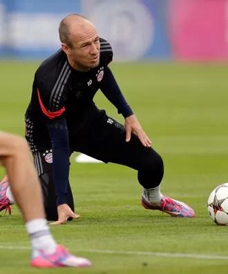 Robben em treino do Bayern Munique (Foto: Ap)
