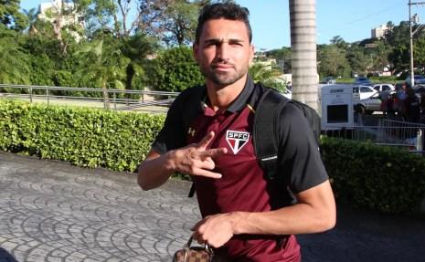 Gilberto e São Paulo vão discutir renovação de contrato (Foto: Rubens Chiri / saopaulofc.net)