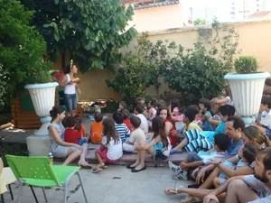 Projeto utiliza brincadeiras durante atendimento a crianças em Uberlândia (Foto: Divulgação/Projeto Infância)