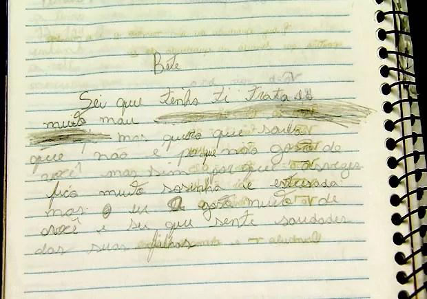Jovem escreveu bilhete pedindo desculpas para a amante da mãe (Foto: Reprodução/TV Tribuna)