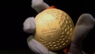 Medalhas das Paralimpíadas contam com experiência sensorial inédita (Foto: Reprodução SporTV)